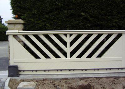 portail ajoure aluminium creme 9