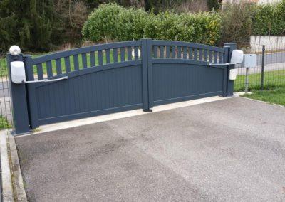portail aluminium ajoure gris 15