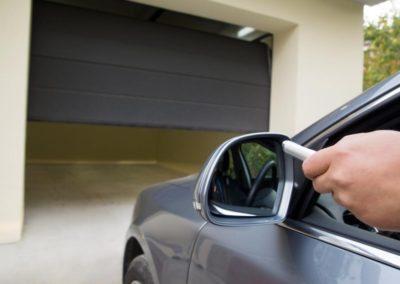 Motorisation porte de garage sectionnelle