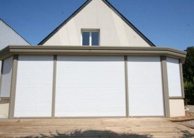 duo veranda aluminium gris avec volets roulants 2