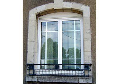 fenêtre PVC cintrée petit bois