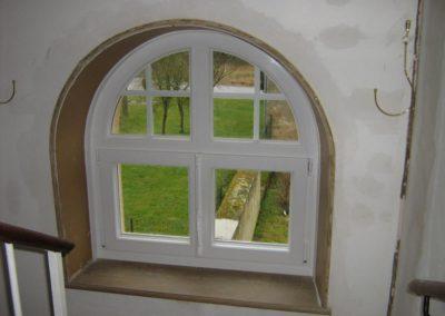 fenêtre PVC croisillons crémone traditionnelle 3