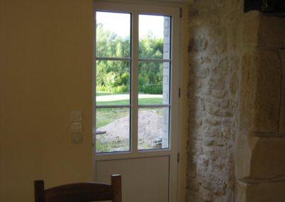 fenetres et porte de service pvc petits bois blanc vue interieure 1