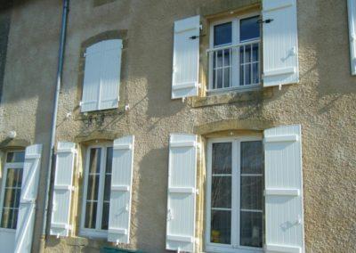 maison fenetres pvc et vb blanc 1