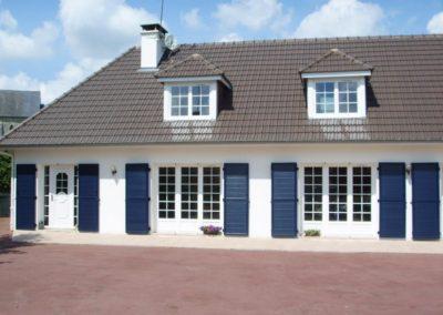 maison portes fenêtre croisillons PVC