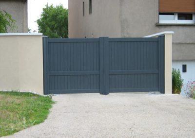 portail aluminium plein gris 5