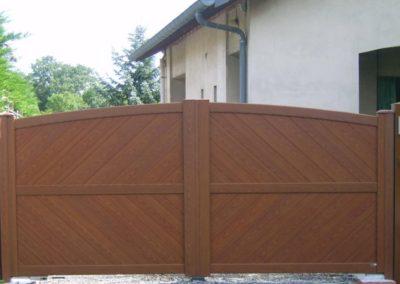 portail aluminium plein ton bois 1