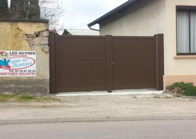 portail aluminium plein ton bois 2