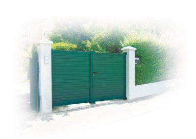 portail aluminium plein vert 1