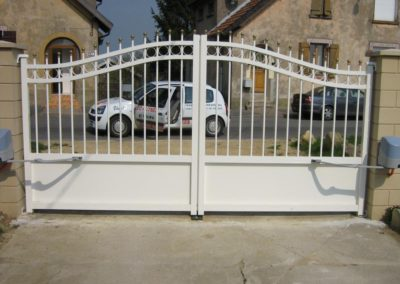 portail aluminium tradition blanc 2