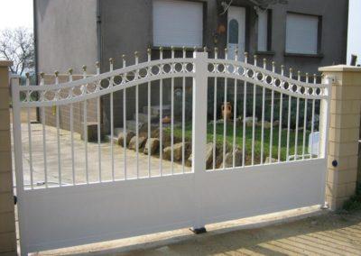 portail aluminium tradition blanc 3