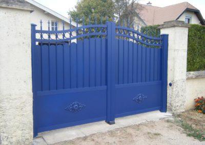 portail aluminium tradition bleu 2