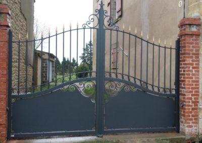 portail aluminium tradition gris 1