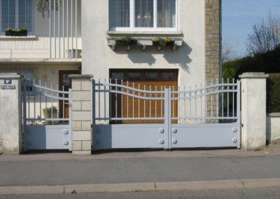 portail aluminium tradition gris 2