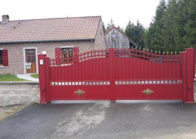 portail aluminium tradition rouge 2