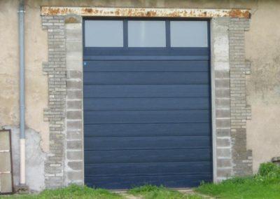 porte de garage sectionnelle bleu 1