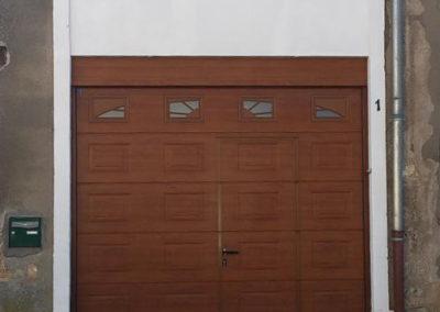 porte de garage sectionnelle décor chêne doré 3