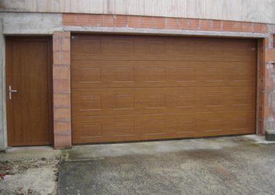 porte de garage sectionnelle décor chêne doré 4