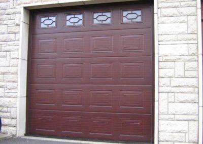 porte de garage sectionnelle décor noyer