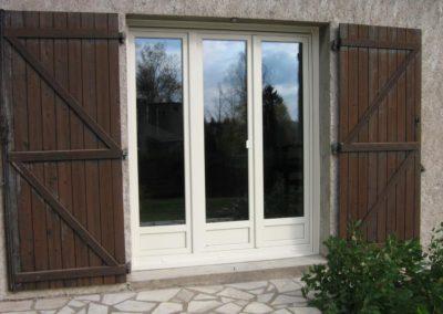 porte fenêtre PVC blanc 1